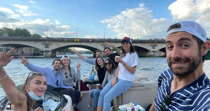 Motorboot mieten in Paris - SUNCHASER TRAVERSE 750