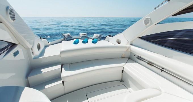 Motorboot mit oder ohne Skipper Pershing mieten in Positano