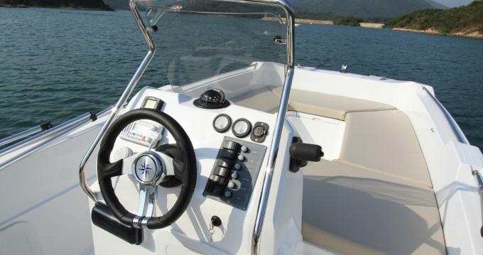 Vermietung Motorboot V2 BOATS mit Führerschein