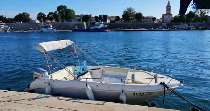 Motorboot mit oder ohne Skipper Cobra mieten in Zadar