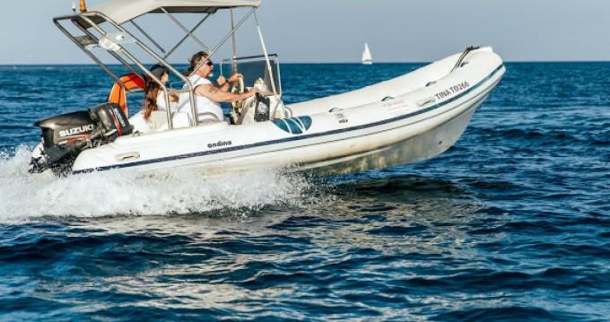 Schlauchboot mieten in Santorini zum besten Preis