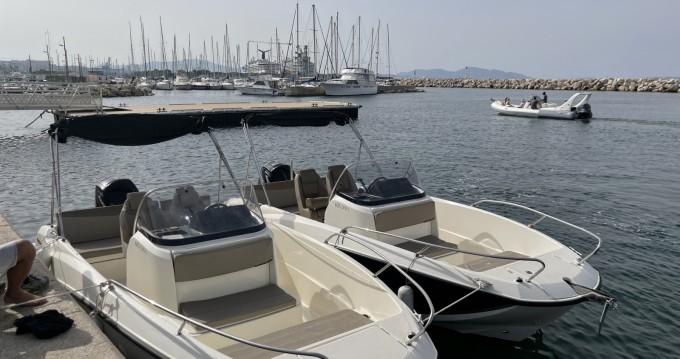 Yacht-Charter in L'Estaque - Quicksilver Activ 605 Sundeck auf SamBoat