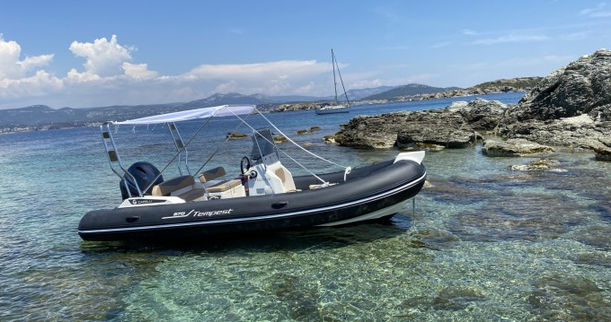 Schlauchboot mit oder ohne Skipper Capelli mieten in Six-Fours-les-Plages