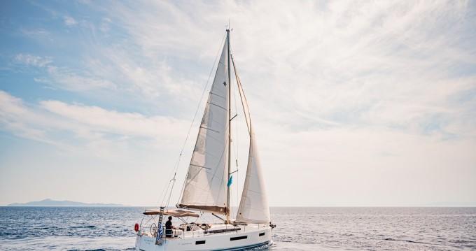 Yacht-Charter in Lávrio - Jeanneau Sun Odyssey 440 auf SamBoat