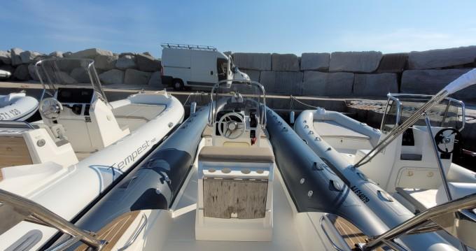 Bootsverleih Capelli Tempest 650 luxe Algajola Samboat