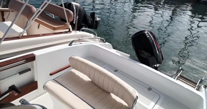 Motorboot mit oder ohne Skipper Mano Marine mieten in Alghero
