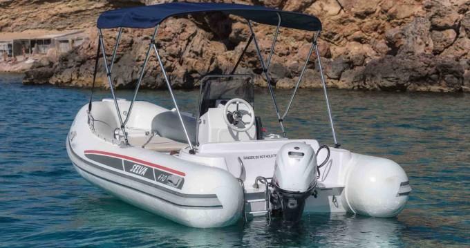 Selva Selva D470 zwischen Privatpersonen und professionellem Anbieter Ibiza Town