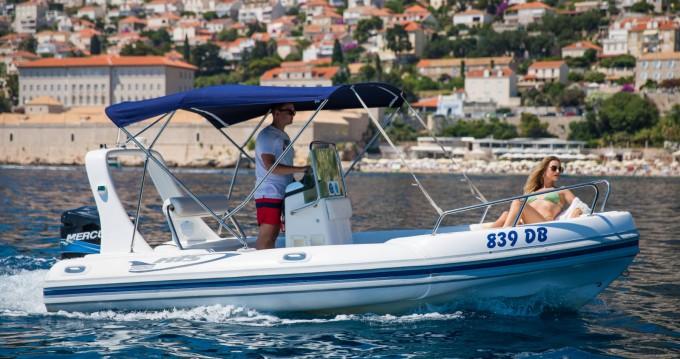 Schlauchboot mit oder ohne Skipper Maestral mieten in Dubrovnik