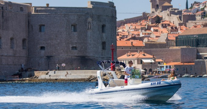 Bootsverleih Maestral Ris 500 Dubrovnik Samboat