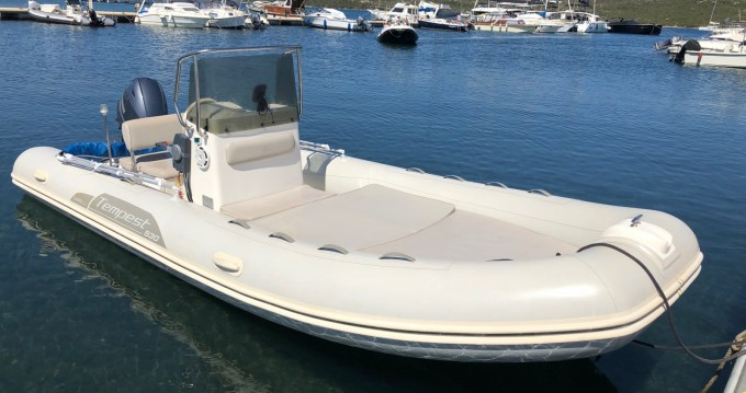 Yacht-Charter in Porto Pozzo - Capelli Tempest 530 Open auf SamBoat