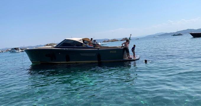 Motorboot mieten in Porto Cervo - Camper & Nicholsons Endevour 42