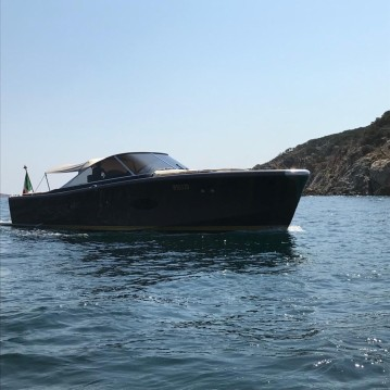 Vermietung Motorboot Camper & Nicholsons mit Führerschein