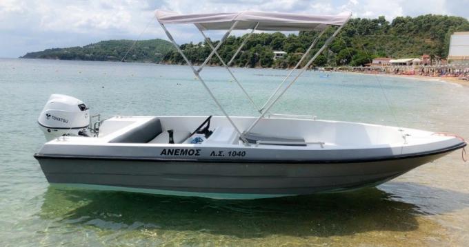 Yacht-Charter in Skiathos - Ahellas 30 HP TOHATSU  auf SamBoat